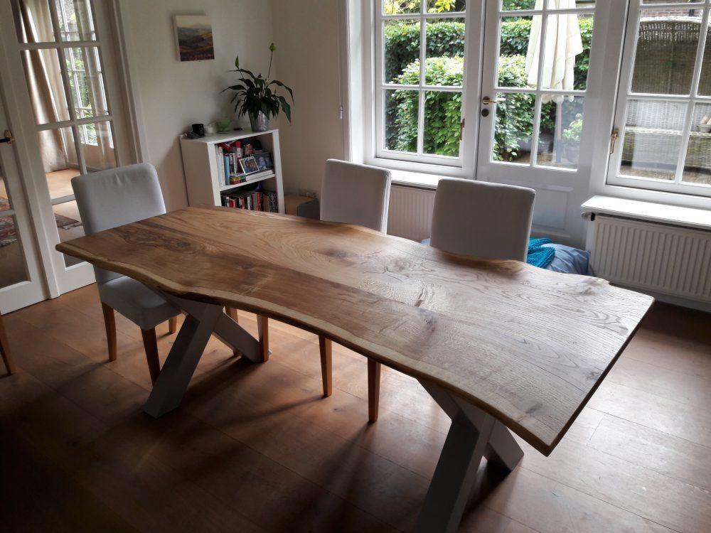 tafel, eik uit eigen tuin